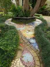 56 Magnificent DIY Mosaic Garden Path Decorations For Your Inspiration