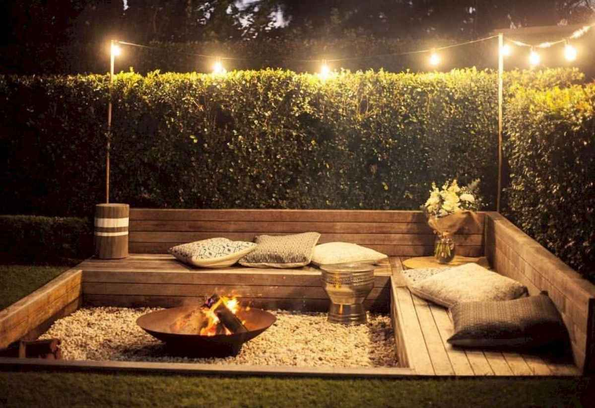 63 Awesome Backyard Fire Pits with Seating Ideas