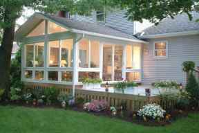 13 Gorgeous Farmhouse Screened In Porch Design Ideas for Relaxing