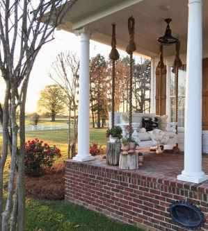 32 Awesome Farmhouse Porch Swing Plans Ideas