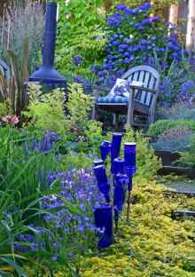 32 Beautiful Small Cottage Flowers Garden for Backyard Ideas
