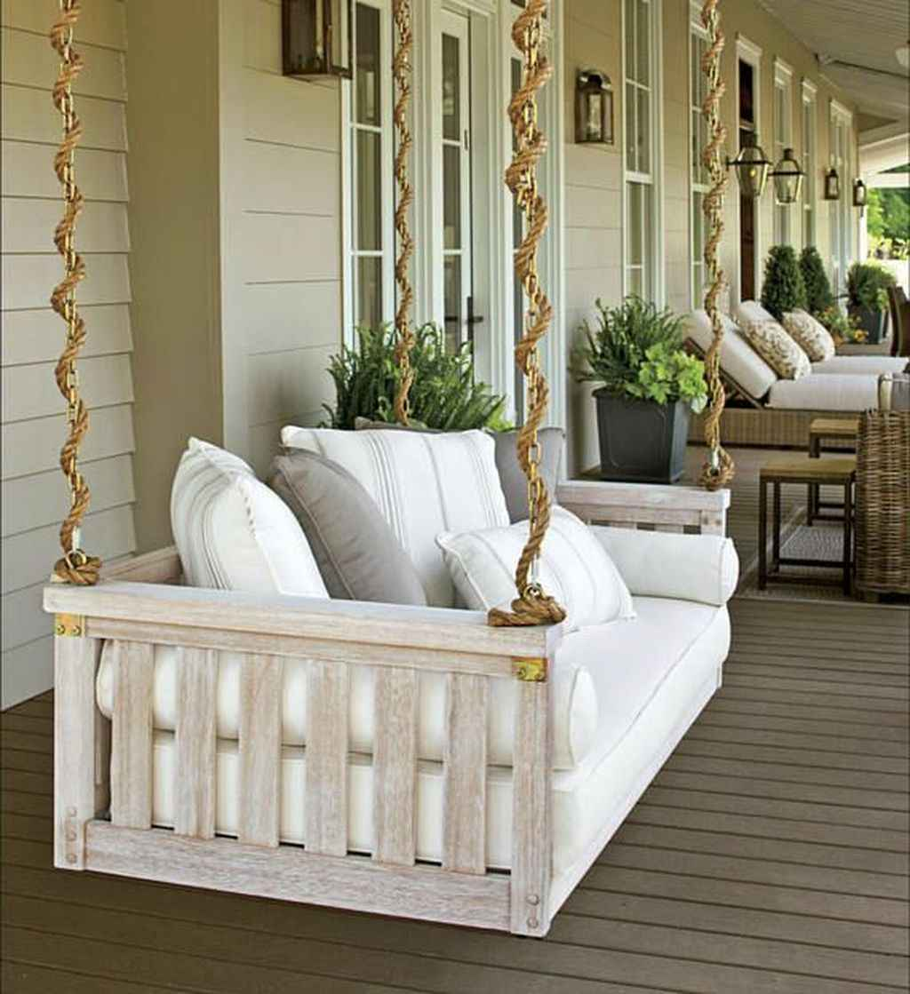 40 Awesome Farmhouse Porch Swing Plans Ideas