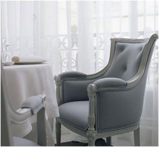 tendendias decoracion 2009 muebles con acabados plata