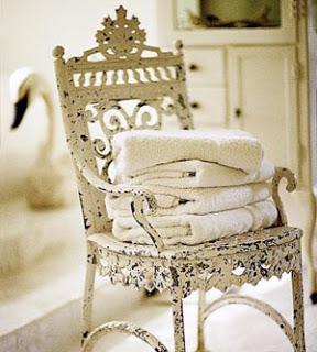 como colocar las toallas en el baño de forma bonita