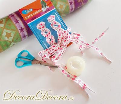 C mo envolver un regalo en forma de sobre - Envolver regalos original ...