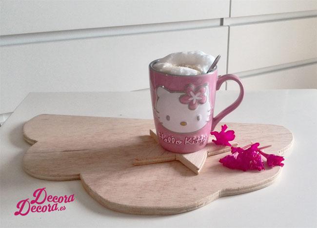 Decorar con flores café desayuno