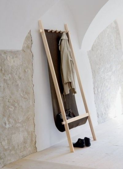10. Coat rack made of loden and ash wood. Portable. From Dopo Domani.