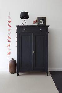 armario cerrado pintado con chalk paint