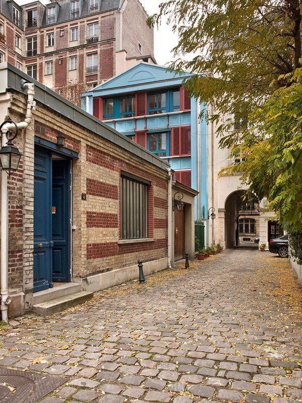 Casa Galeria Tagomago in Paris