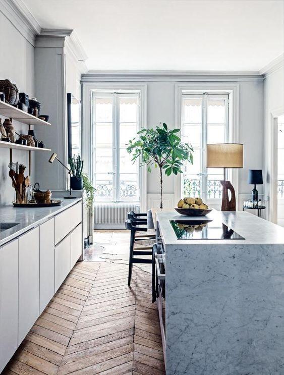 apartamento sofisticado - cocina con isla de marmol