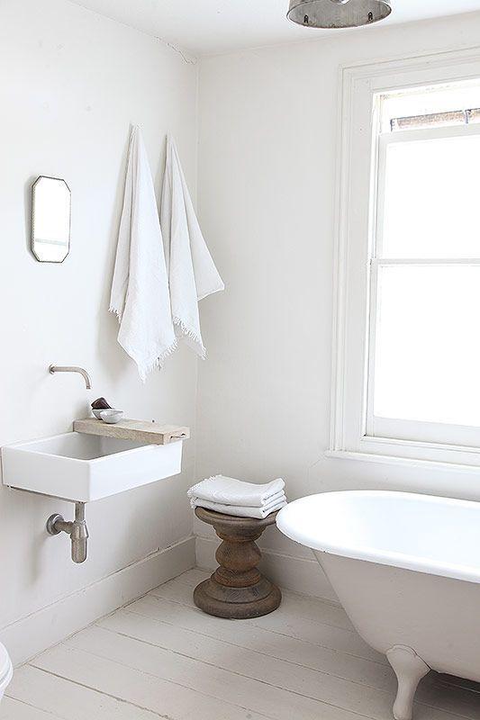 Actualizar casa de campo - lavabo minimalista