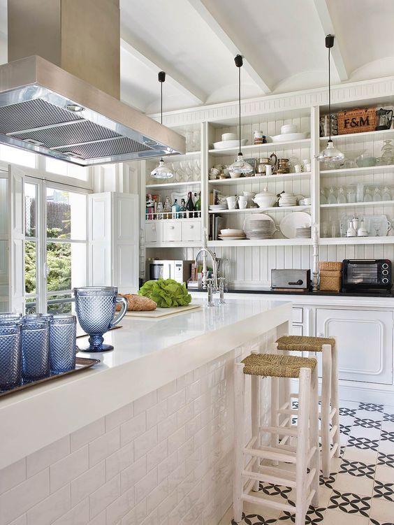 precioso armario de cocina al estilo antiguo -ramisa projects and fun