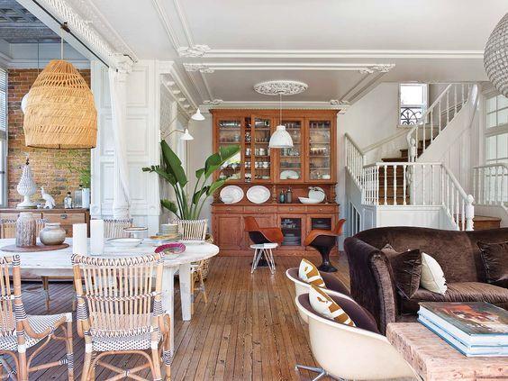 Casa con solera y un salon en tonos tierra -ramisa projects and fun