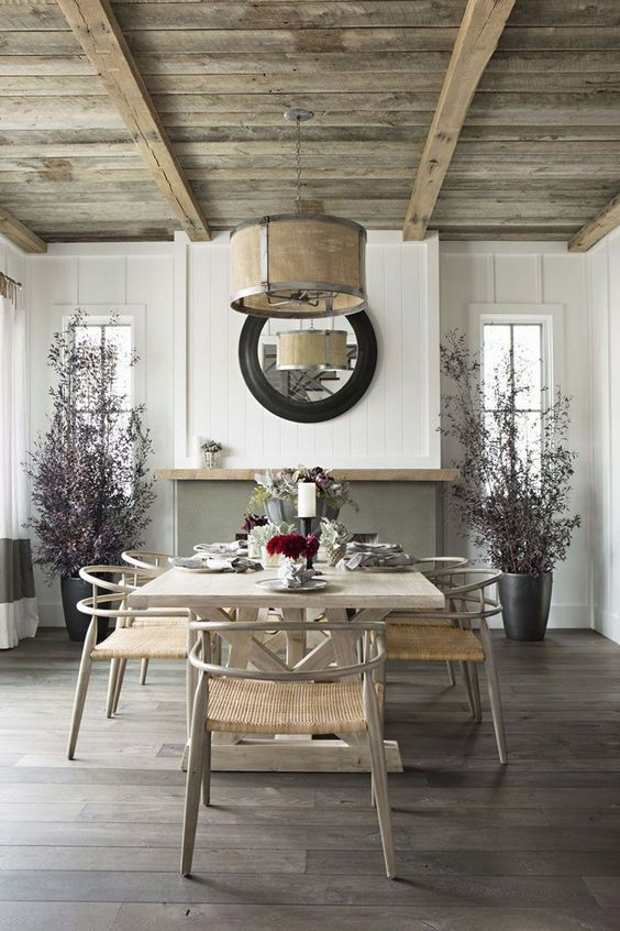 comedor singular - madera en paredes, techos y suelos