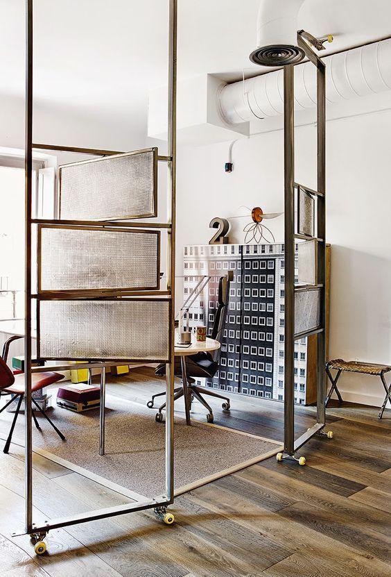 decoralinks | paneles metalicos tipo biombo para separar espacios