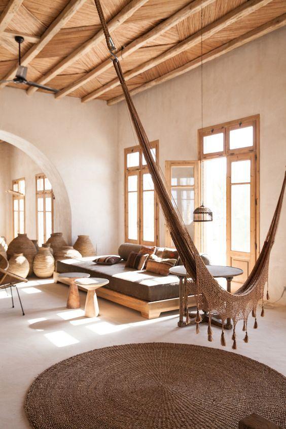 decoralinks | vigas combinadas con fibras naturales en Scopios Mykonos