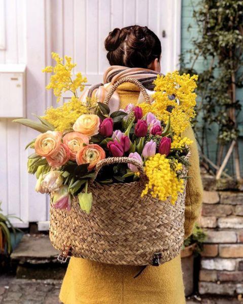 decoralinks | mix de tulipanes, ranunculos y mimosas