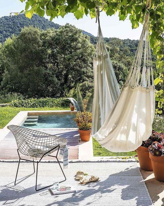#decoralinks #alfombrasdeexterior #nanimarquina #alberca #casadepueblo #jardin #hamaca #silladiamond #shadeoutdoor