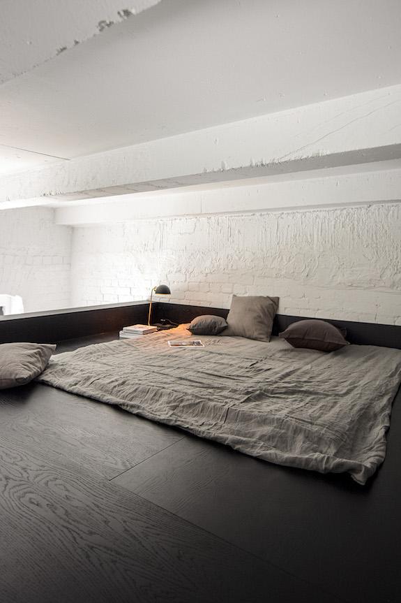 decoralinks | casa una distribucion perfecta #casa #altillo #salon #livingroom #ladrillovistoblanco