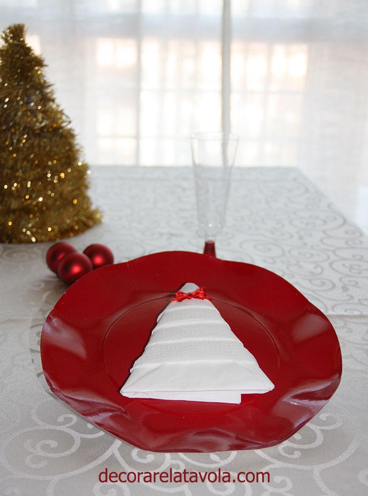 Come Piegare Tovaglioli A Natale 00 Decorare La Tavola