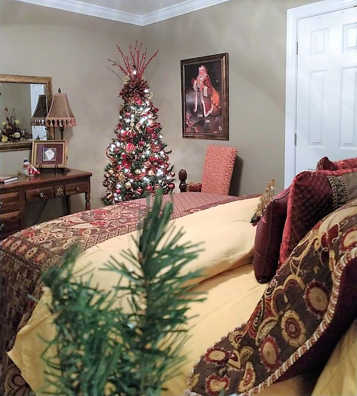 How to make a poinsettia bow decorate more with tip thank you for touring with me my second guest bedroom all decorated for the christmas season i hope you enjoyed how i made the poinsettia bow solutioingenieria Choice Image