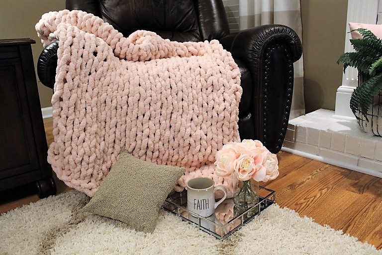 How To Knit A Yarn Bee Chunky Throw Decorate More With Tip