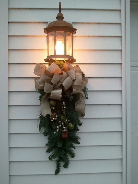 Christmas Garage Door Decorations to Make, Create and ... on Garage Decoration  id=73304