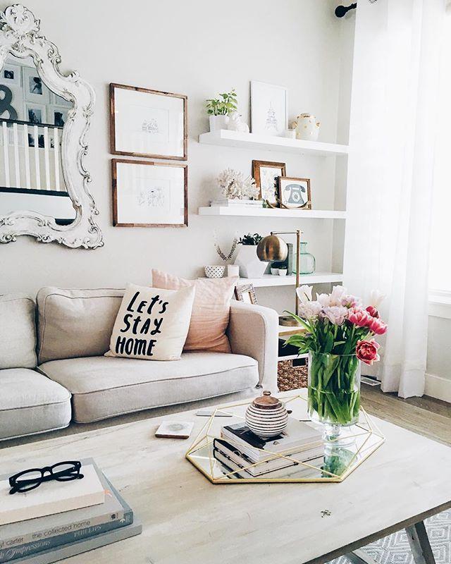 15+ Creative Stylish Floating Shelves