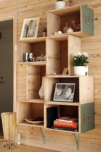 20+ DIY Wooden Crates Furniture Design Ideas