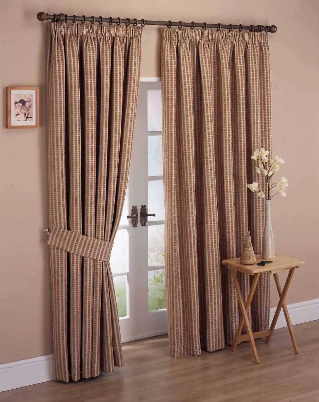 Curtains Ideas for an Outstanding House Decoration ... on Bedroom Curtain Ideas  id=37105