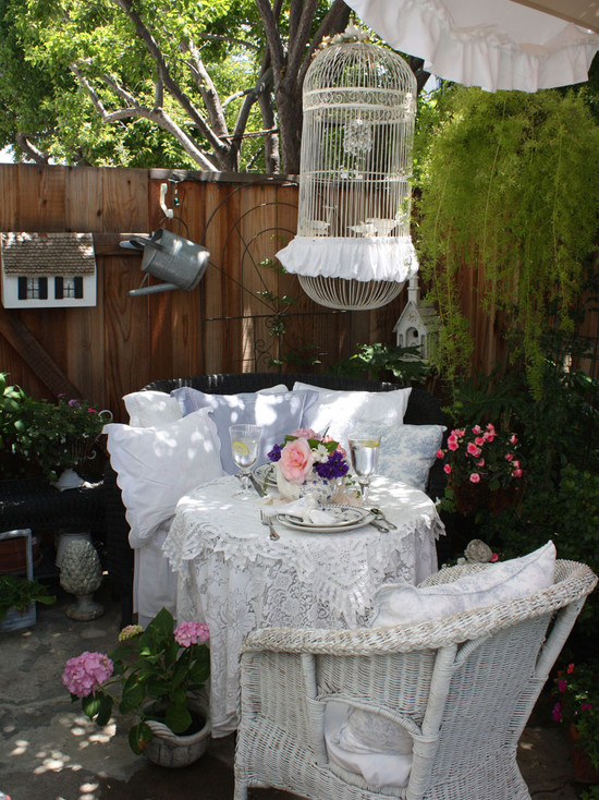 25 Shabby-Chic Style Outdoor Design Ideas - Decoration Love on Chic Patio Ideas id=32032