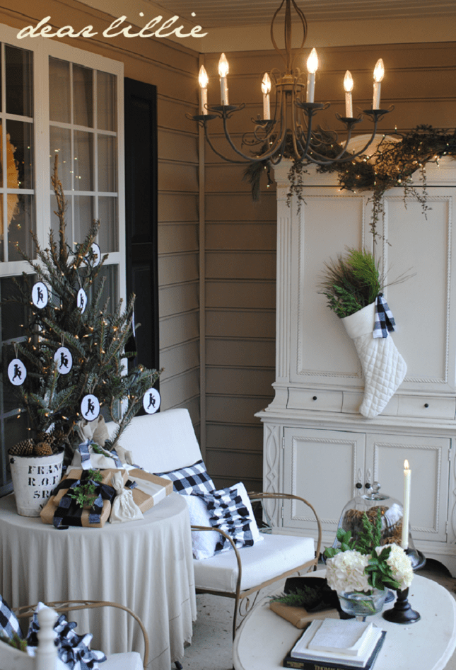 40 Christmas Porch Decorations Ideas You Will Fall In Love ... on Patio Cover Ideas For Winter id=67565