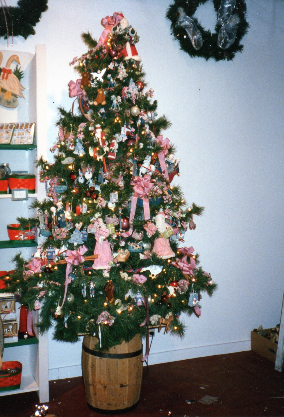 Different Country Christmas Trees