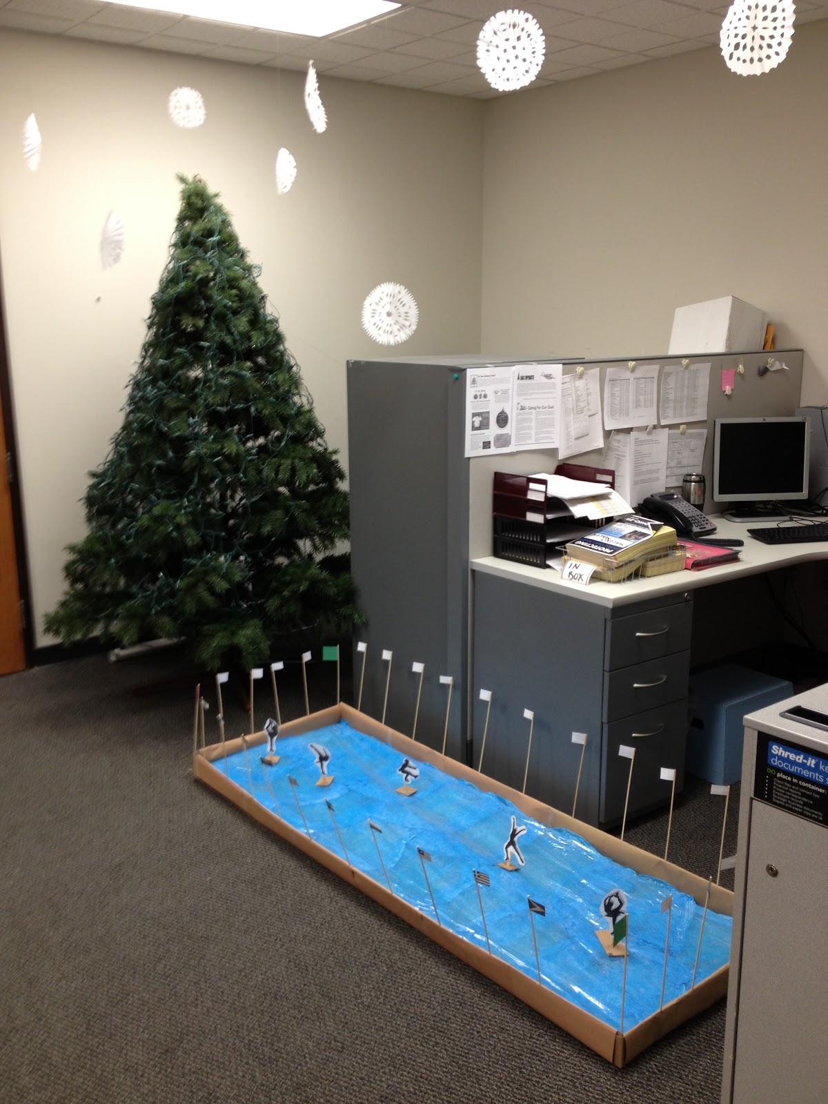 Office Decorating Ideas Christmas