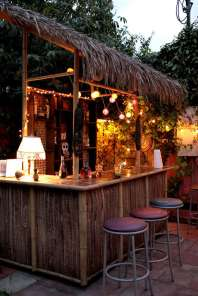 DIY OUTDOOR BAR IDEAS 32