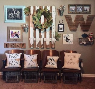 50 Stunning Photo Wall Gallery Ideas 16