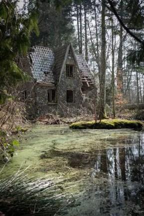 Abandoned Houses 30