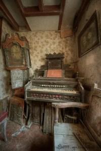 Abandoned Houses 35
