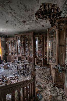 Abandoned Houses 48
