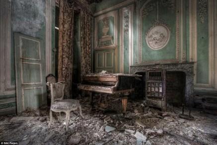 Abandoned Houses 55