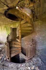 Abandoned Houses 68