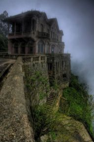 Abandoned Houses 69