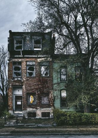 Abandoned Houses 81