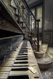 Abandoned Houses 99