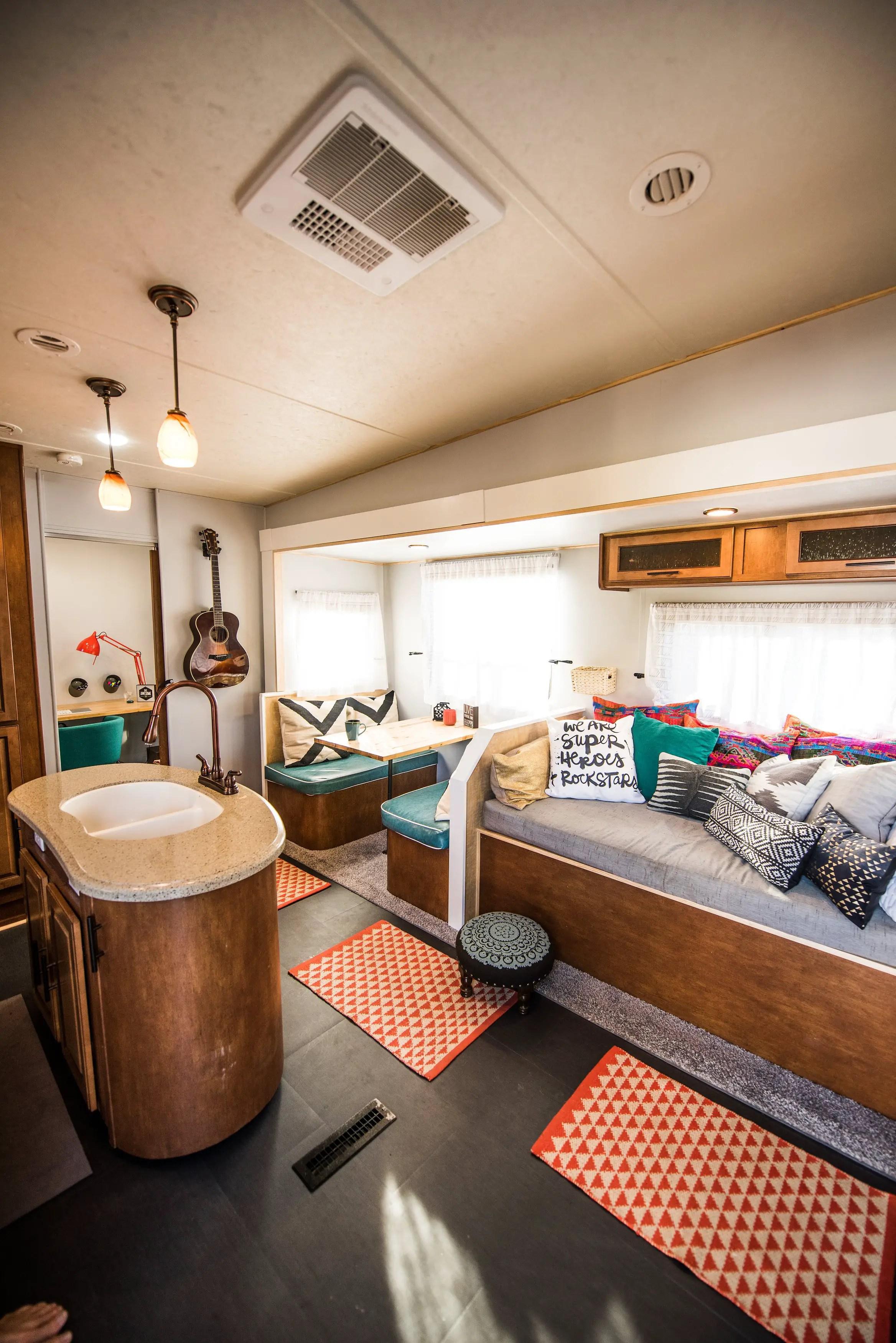 Camper Remodel Ideas 79