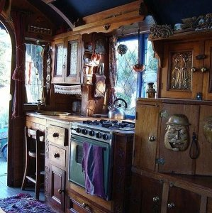 Cheap And Easy Ways To Decorate Your RV Camper 25