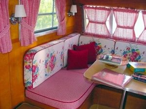 Cheap And Easy Ways To Decorate Your RV Camper 44