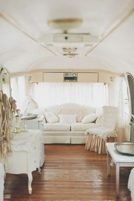 Cheap And Easy Ways To Decorate Your RV Camper 5