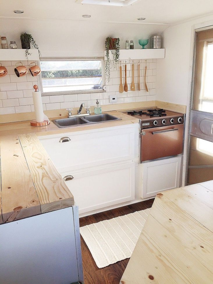 Cheap And Easy Ways To Decorate Your RV Camper 67
