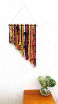 DECORATIVE WALL HANGINGS 28
